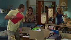Toadie Rebecchi, Sonya Mitchell, Steph Scully in Neighbours Episode 7350