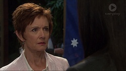 Susan Kennedy, Sarah Beaumont in Neighbours Episode 7351