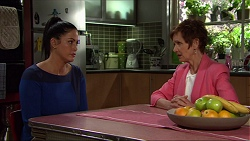 Sarah Beaumont, Susan Kennedy in Neighbours Episode 7352