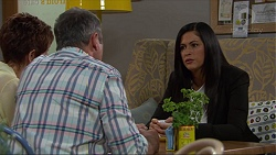 Susan Kennedy, Karl Kennedy, Sarah Beaumont in Neighbours Episode 7356