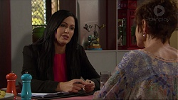 Sarah Beaumont, Susan Kennedy in Neighbours Episode 7357
