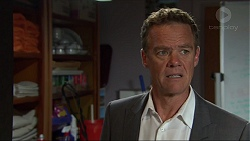 Paul Robinson in Neighbours Episode 7357