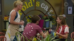 Lauren Turner, Ned Willis, Piper Willis in Neighbours Episode 7359