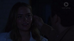 Xanthe Canning, Angus Beaumont-Hannay in Neighbours Episode 7365