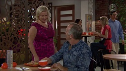 Sheila Canning, Walter Mitchell in Neighbours Episode 7366