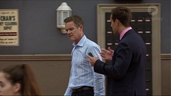 Paul Robinson, Aaron Brennan in Neighbours Episode 7366