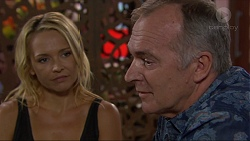 Steph Scully, Walter Mitchell in Neighbours Episode 7367