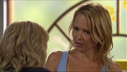Madison Robinson, Steph Scully in Neighbours Episode 7368