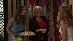 Amy Williams, Sheila Canning, Xanthe Canning in Neighbours Episode 7369