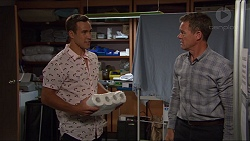 Aaron Brennan, Paul Robinson in Neighbours Episode 7369