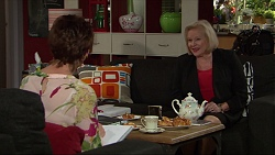 Susan Kennedy, Sheila Canning in Neighbours Episode 7369