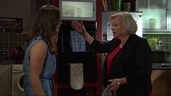 Amy Williams, Sheila Canning in Neighbours Episode 7369