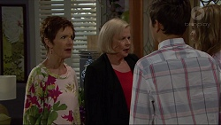 Susan Kennedy, Sheila Canning, Angus Beaumont-Hannay, Xanthe Canning in Neighbours Episode 7369