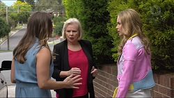 Amy Williams, Sheila Canning, Xanthe Canning in Neighbours Episode 7370