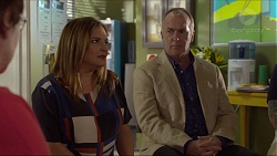 Terese Willis, Walter Mitchell in Neighbours Episode 7370