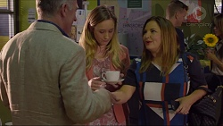 Walter Mitchell, Sonya Rebecchi, Terese Willis in Neighbours Episode 7370