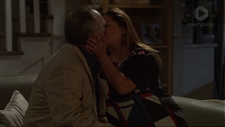 Walter Mitchell, Terese Willis in Neighbours Episode 7370