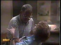 Harold Bishop, Madge Bishop in Neighbours Episode 0864