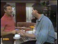 Malcolm Clarke, Des Clarke in Neighbours Episode 0864