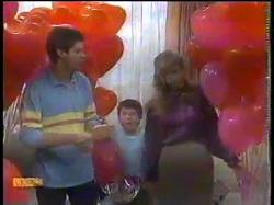 Joe Mangel, Toby Mangel, Jane Harris in Neighbours Episode 0864