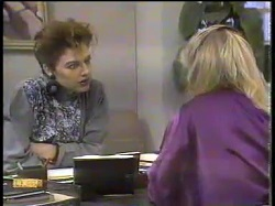 Gail Robinson, Jane Harris in Neighbours Episode 0864
