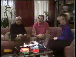 Nick Page, Malcolm Clarke, Sharon Davies in Neighbours Episode 0865