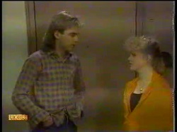 Nick Page, Sharon Davies in Neighbours Episode 0866