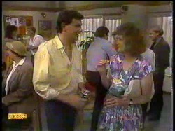 Edith Chubb, Des Clarke, Madge Bishop in Neighbours Episode 0866