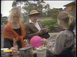 Sharon Davies, Edith Chubb, Katie Landers in Neighbours Episode 0866