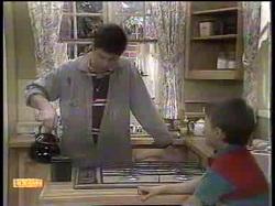 Joe Mangel, Toby Mangel in Neighbours Episode 0867