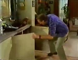 Doug Willis in Neighbours Episode 1574