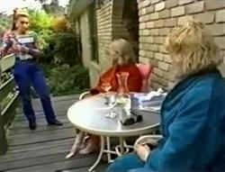Lucy Robinson, Helen Daniels, Brenda Riley in Neighbours Episode 1574