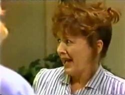 Pam Willis in Neighbours Episode 1574