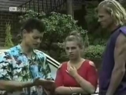 Josh Anderson, Lucy Robinson, Brad Willis in Neighbours Episode 1583
