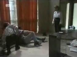 Todd Landers, Bob Landers, Helen Daniels in Neighbours Episode 1584