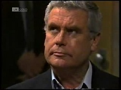 Lou Carpenter in Neighbours Episode 1698