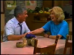 Lou Carpenter, Madge Bishop in Neighbours Episode 1698