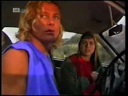 Brad Willis, Lucy Robinson in Neighbours Episode 1698