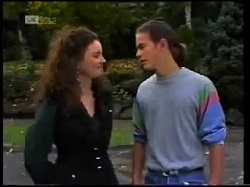 Gaby Willis, Todd Landers in Neighbours Episode 1700