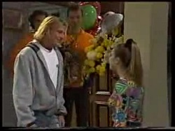 Brad Willis, Lucy Robinson in Neighbours Episode 1702