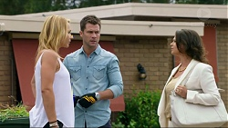 Steph Scully, Mark Brennan, Julie Quill in Neighbours Episode 7374