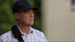 Paul Robinson in Neighbours Episode 7375