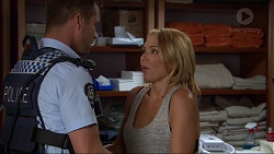 Mark Brennan, Steph Scully in Neighbours Episode 7376