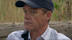 Paul Robinson in Neighbours Episode 7377