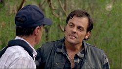 Paul Robinson, Jacka Hills in Neighbours Episode 7377