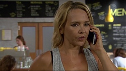 Steph Scully in Neighbours Episode 7377