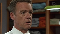 Paul Robinson in Neighbours Episode 7381