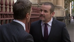 Paul Robinson, Toadie Rebecchi in Neighbours Episode 7381