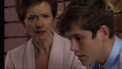 Susan Kennedy, Angus Beaumont-Hannay in Neighbours Episode 7383