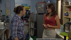 Amy Williams, Paige Smith in Neighbours Episode 7384